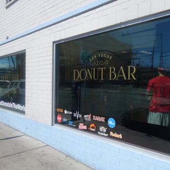 donut bar 407 photos amp 71 reviews donuts downtown