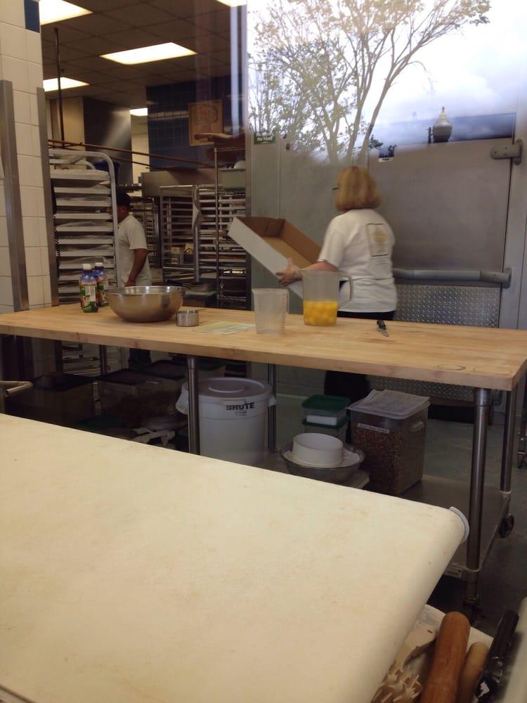 SoNo Baking Company & Cafe - 45 foton - Bagerier - 101 S ...
