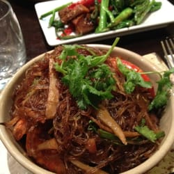 Goong Ob Woon-sen (baked tiger prawns…