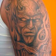 Skindoctors Tattoo & Piercing, Hamburg, Germany