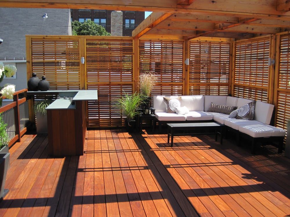 Chicago roof top deck built in pau lope ipe hardwood for Wood deck privacy panels