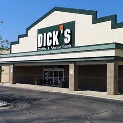 Dicks sporting goods okemos mi