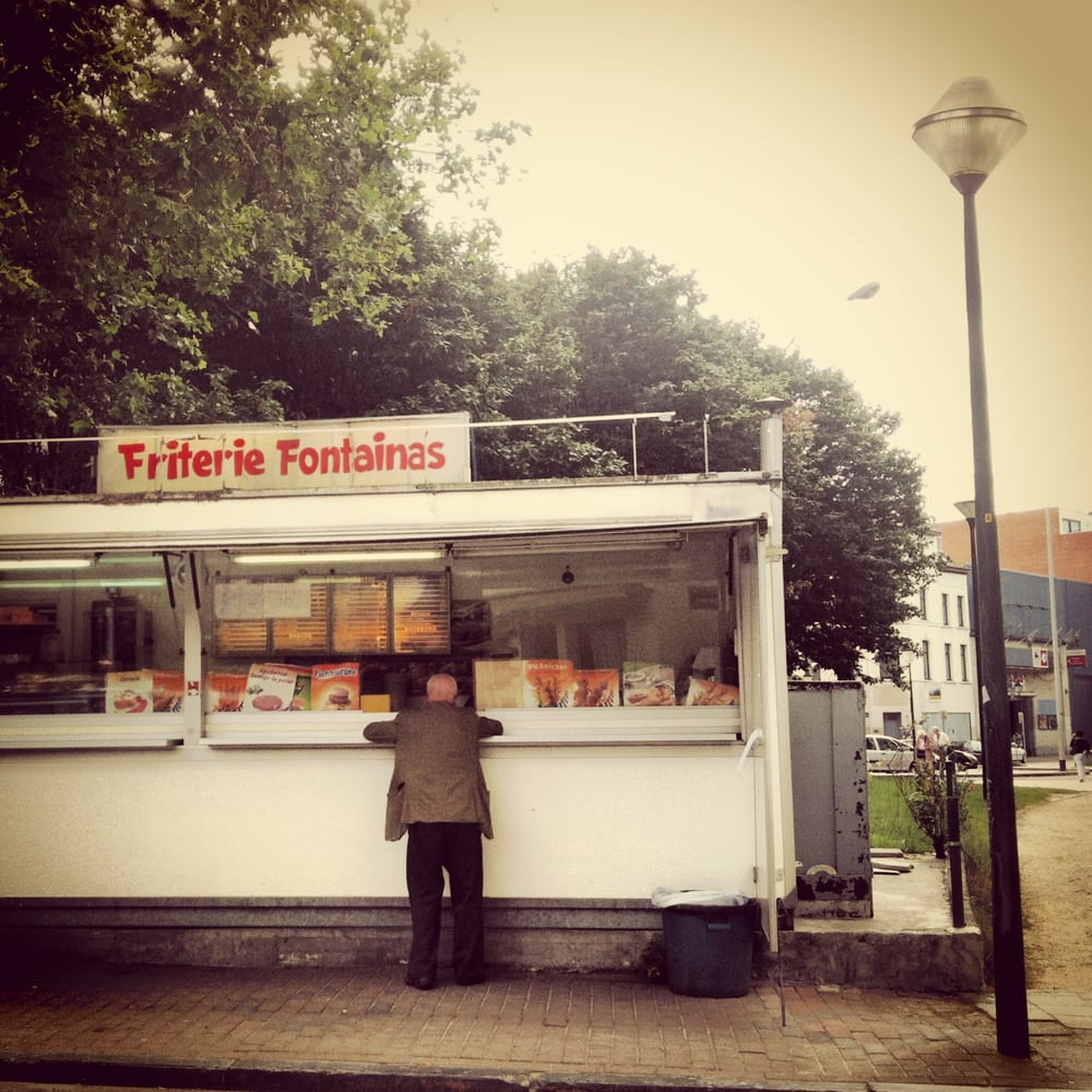 Friterie fontainas stand de nourriture saint gilles for Stand belgique