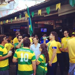 Galera torcendo para o Brasil!