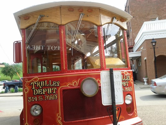Galena Trolley Tours And Theater Galena Il