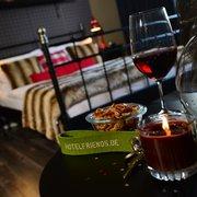 Sherlock Holmes room - hotel friends…