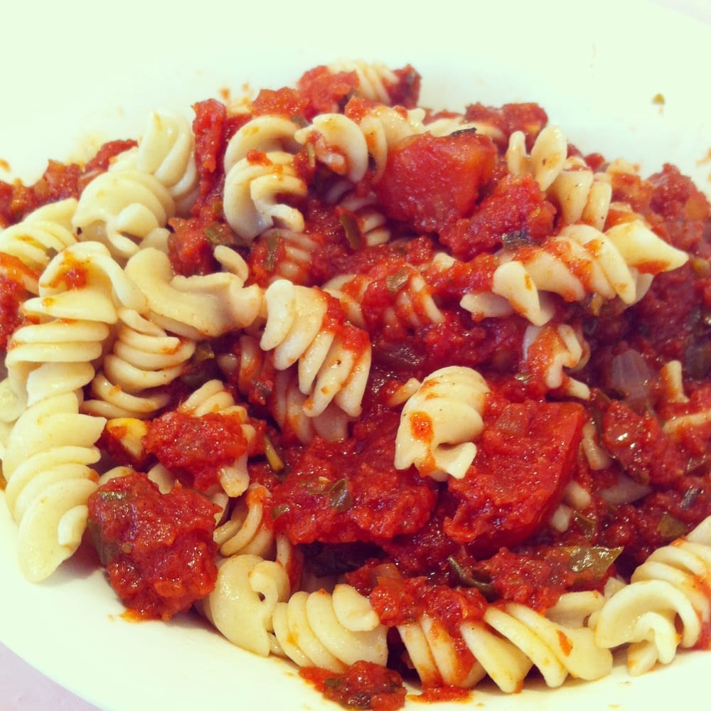 Fusilli with Napolitana Sauce (tomato, basil, onion and garlic) | Yelp