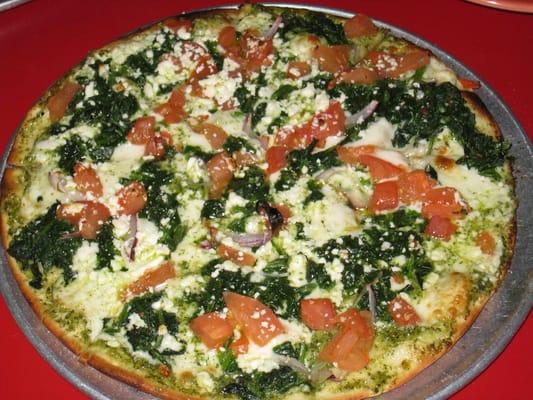 pizza - spinach, fresh tomato, garlic, onion, pesto, feta cheese ...