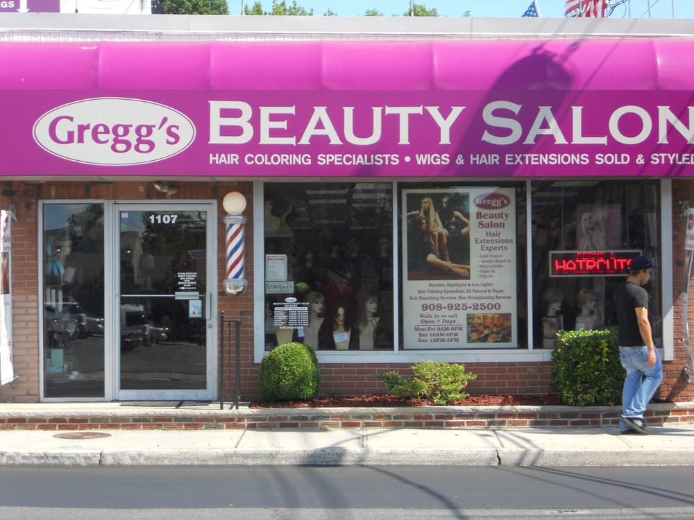 gregg s full service beauty salon   front of gregg s