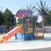 Roseville aquatics complex 16 photos swimming lessons - Johnson swimming pool roseville ca ...