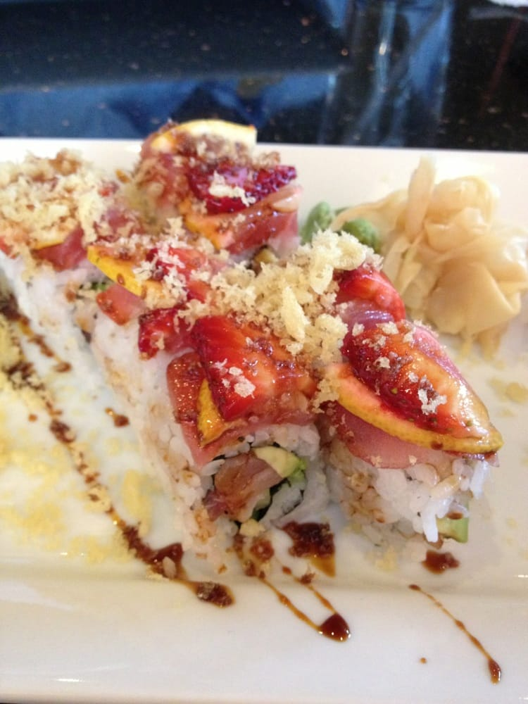 Rice Fusion Cuisine and Sushi Bar - Holladay, UT, États-Unis. Orchid roll