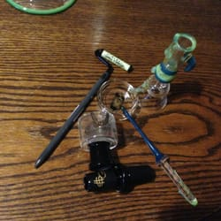 Angie's Boutique - Ski Mask Green slyme paint roller dabber, and some Slum Gold stuff, with green slyme doom setup - Los Angeles, CA, Vereinigte Staaten