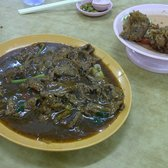 Bee Kia Seafood Restaurant - Beef kway teow. FO SERIOUS! - Singapore, Singapur