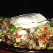 Maharlika Hall & Sports Grill - Pork Sisig! It's perfect with their garlic rice - Jacksonville, FL, Vereinigte Staaten