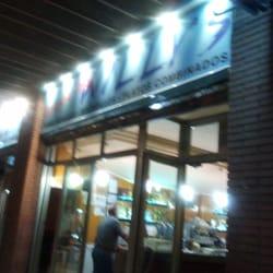 Pizzeria Burguer Willy's, Esplugues de Llobregat, Barcelona, Spain