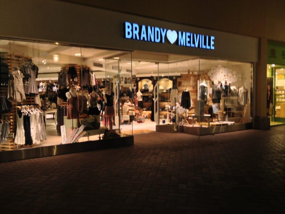 New clothing store Brandy