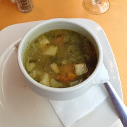 Minestrone soup ~ garlicy :)