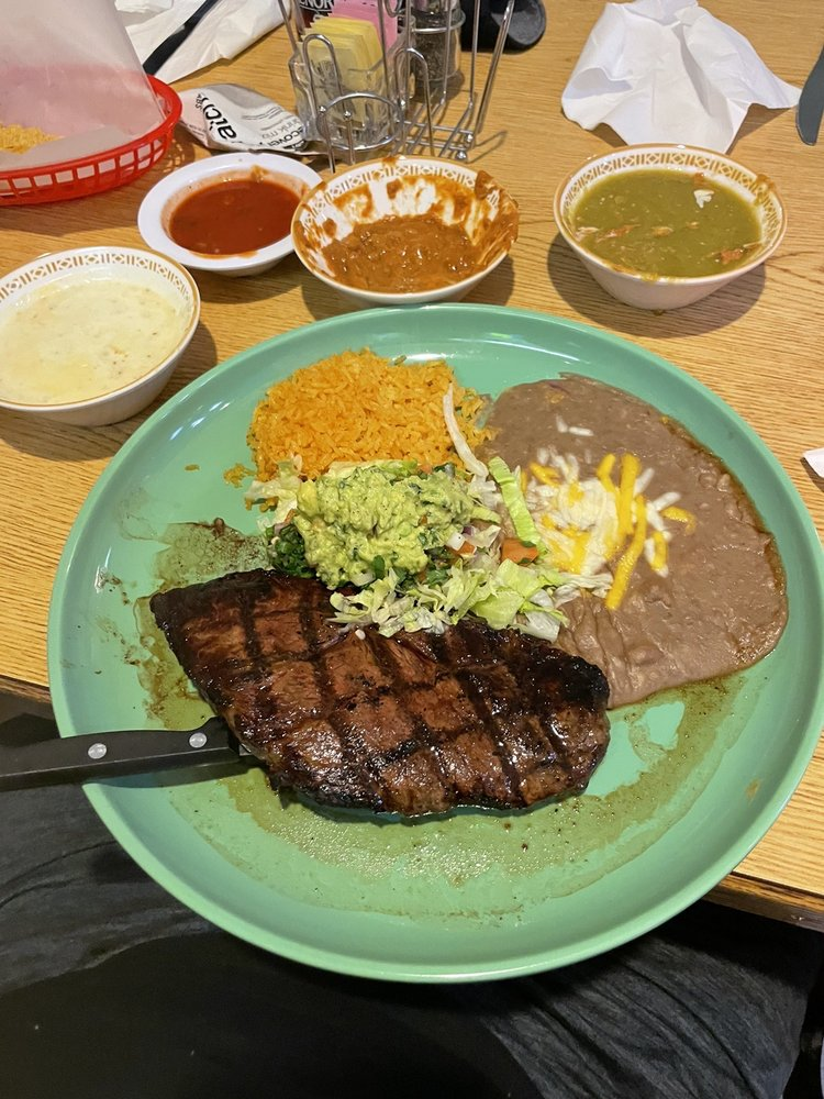 Lo Mejor De Jalisco: 356 Basin St NW, Ephrata, WA