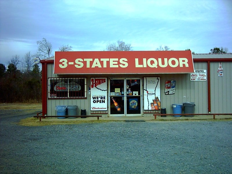 3 States Liquor: 2228 Miller County 80, Doddridge, AR