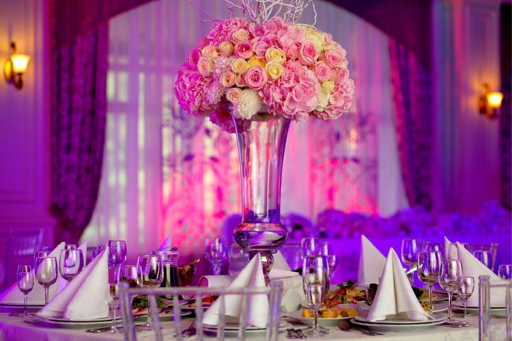 Sophisticated Flowers and Events: 4508 N University Dr, Lauderhill, FL