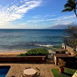nohonani beachfront condos vacation rentals 3723 l honoapiilani