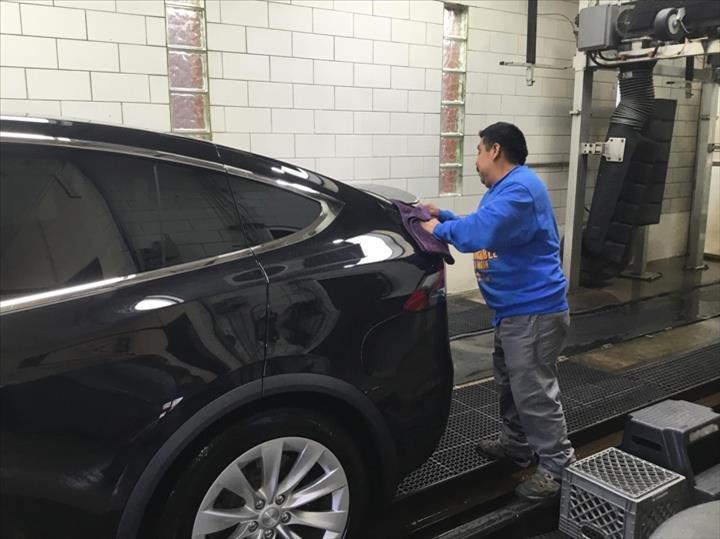 Untouchable Auto Wash: 575 S York St, Elmhurst, IL
