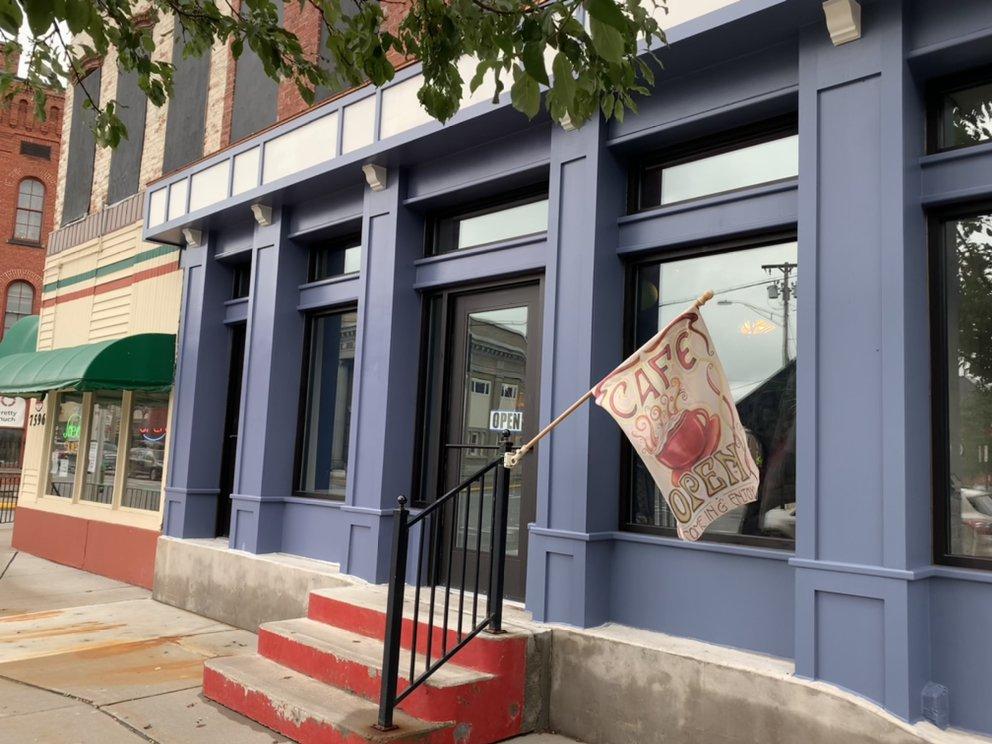 Cafe Z: 7594 S State St, Lowville, NY