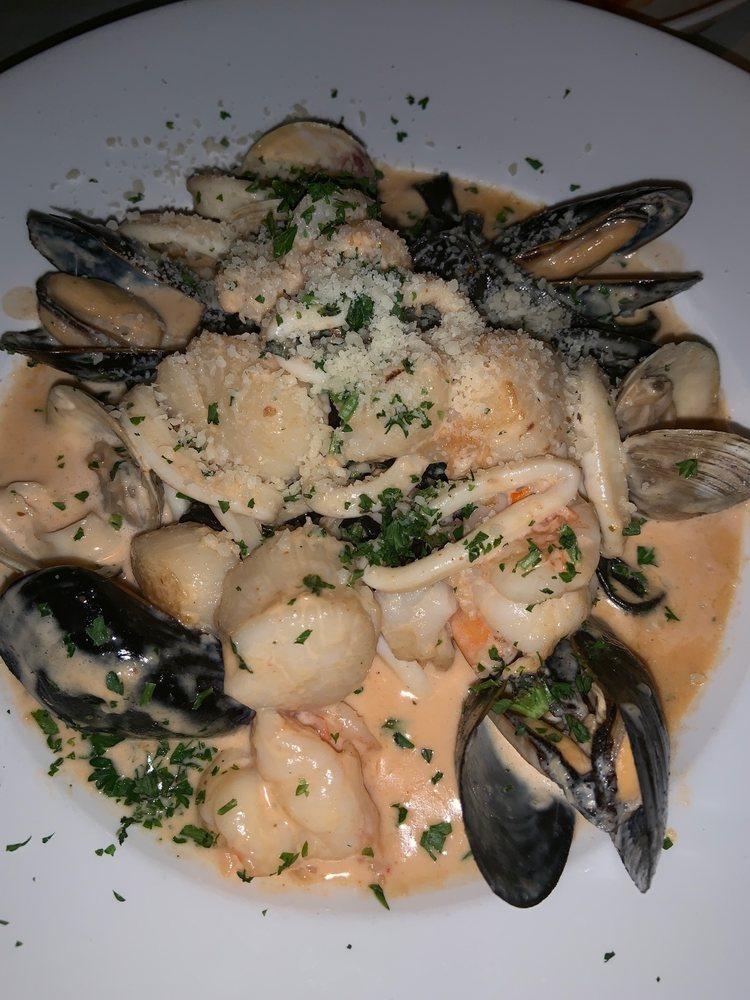 Café Prima Pasta: 414 71st St, Miami Beach, FL