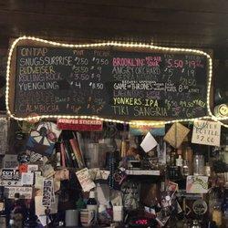 New Paltz New York >> Snug Harbor 12 Photos 27 Reviews Dive Bars 38 Main