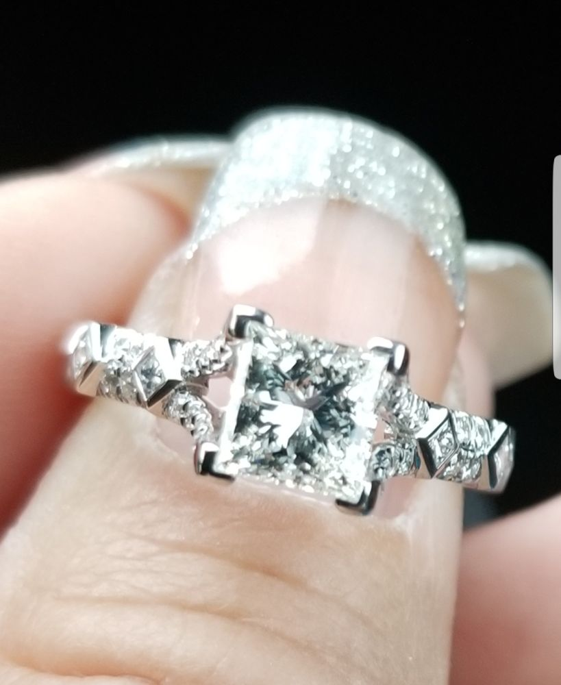 Diamonds Direct - Dallas