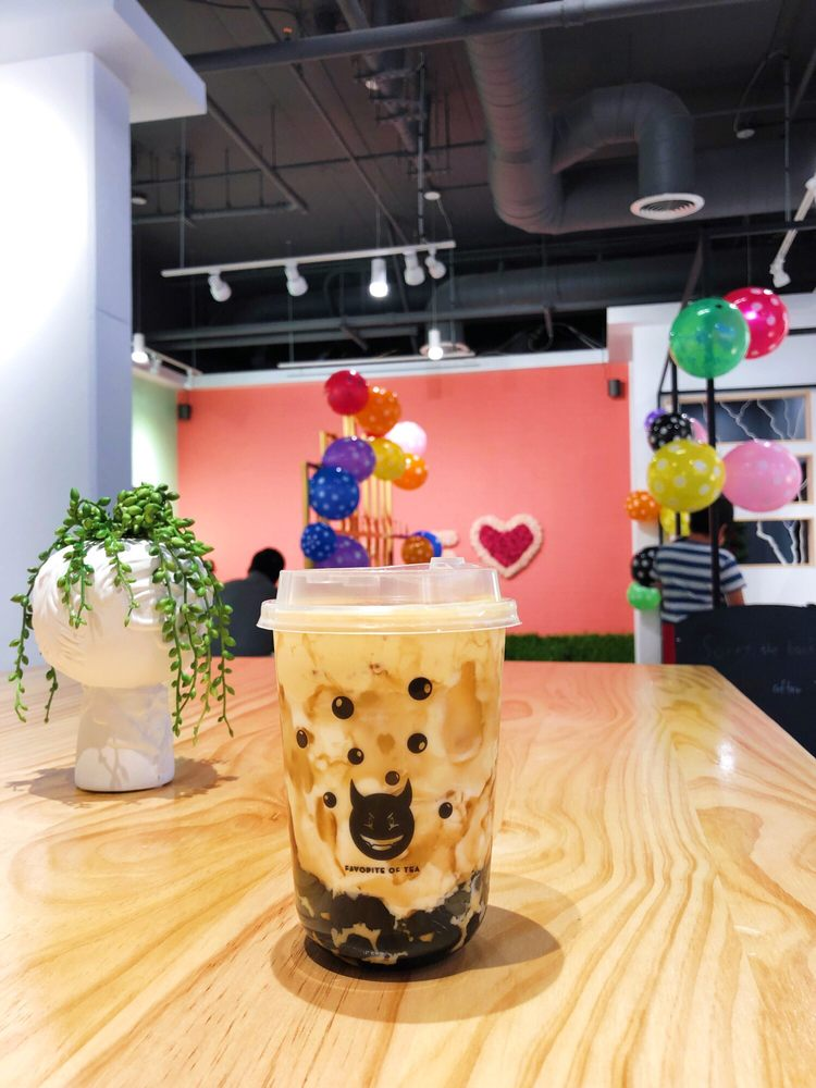Heere Tea: 571 N Commonwealth Ave, Fullerton, CA