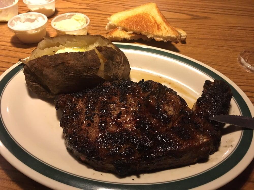 Wagon Wheel Steakhouse: 2909 W 9th Ave, Emporia, KS