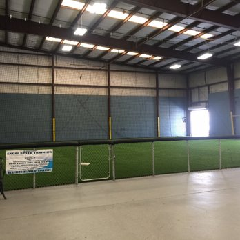 Lebron\'s Indoor Batting Cages - 26 Photos & 21 Reviews - Batting ...