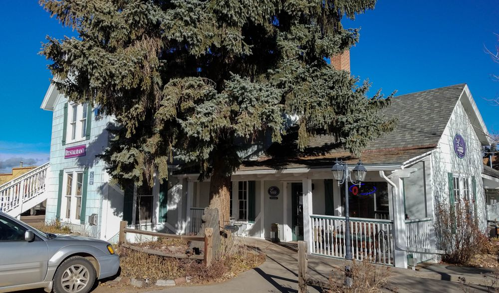Costello Street Coffee House: 2679 W Hwy 24, Florissant, CO