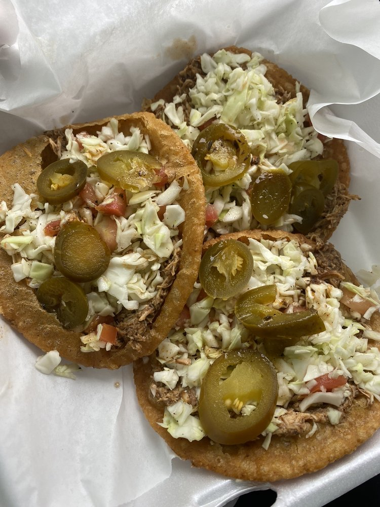 Taste of Belize: 2207 Grand Ave, Waukegan, IL