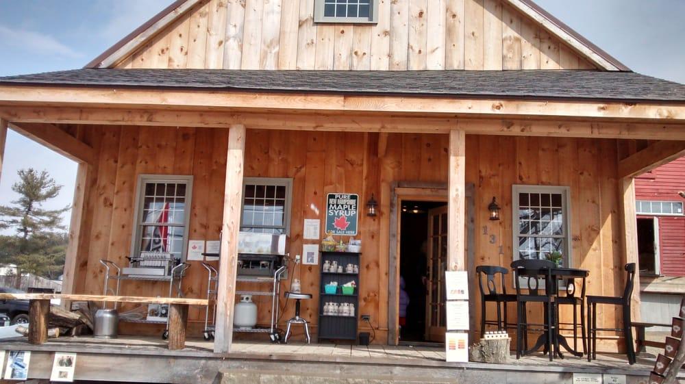 Sammy's Sugar Shack: 131 N River Rd, Milford, NH