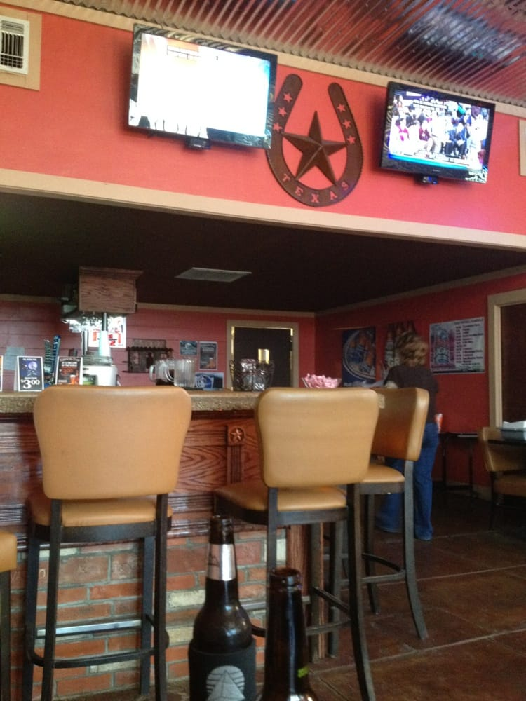 Borger (TX) United States  city pictures gallery : & Cantina Burgers 114 W. Broad St, Oakwood, TX, United States ...