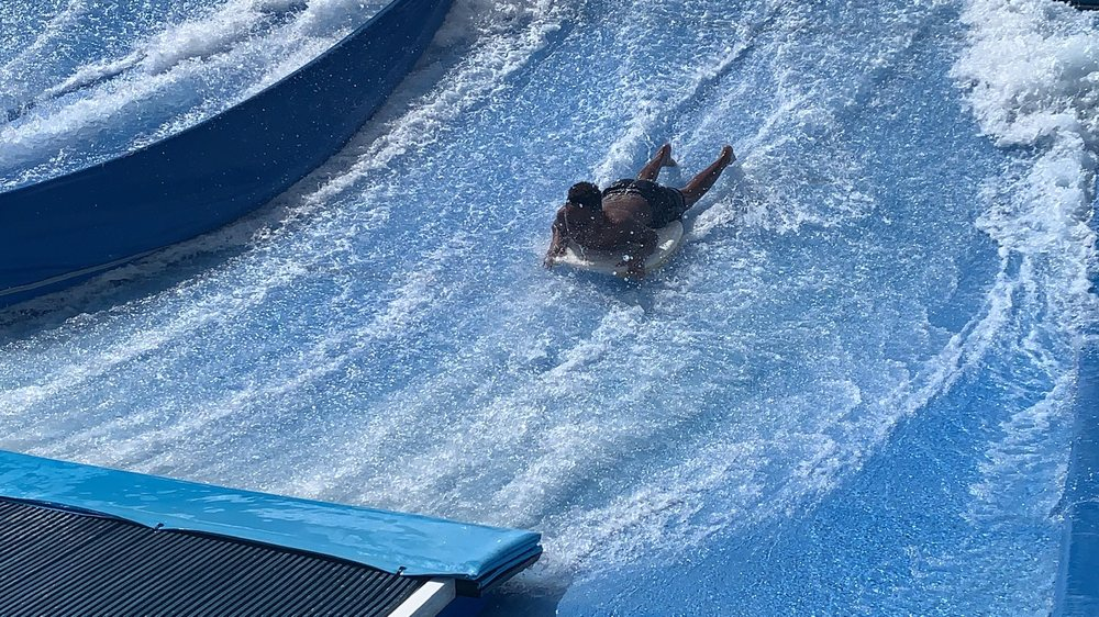 Surf 'n Slide Water Park: 401 4th St, Moses Lake, WA