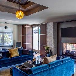 Deco 18 photos 14 reviews apartments 625 thomas e for Deco appartement quincy