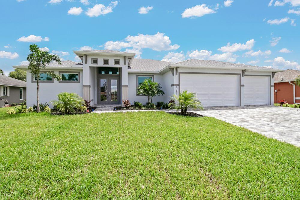 Sposen Signature Homes: 2311 Santa Barbara Blvd, Cape Coral, FL