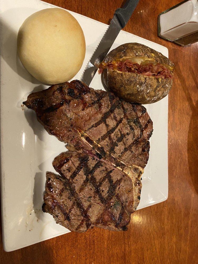 Calhoun Steak House: 813 Pelham Rd S, Jacksonville, AL