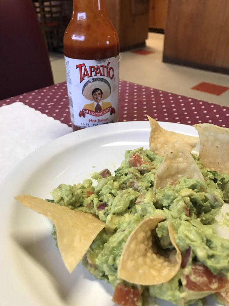 El Korita Restaurant: 304 6th St, Orland, CA