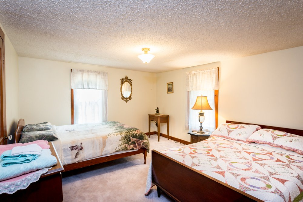 Fishing Creek Lodge: 889 Central Rd, Benton, PA