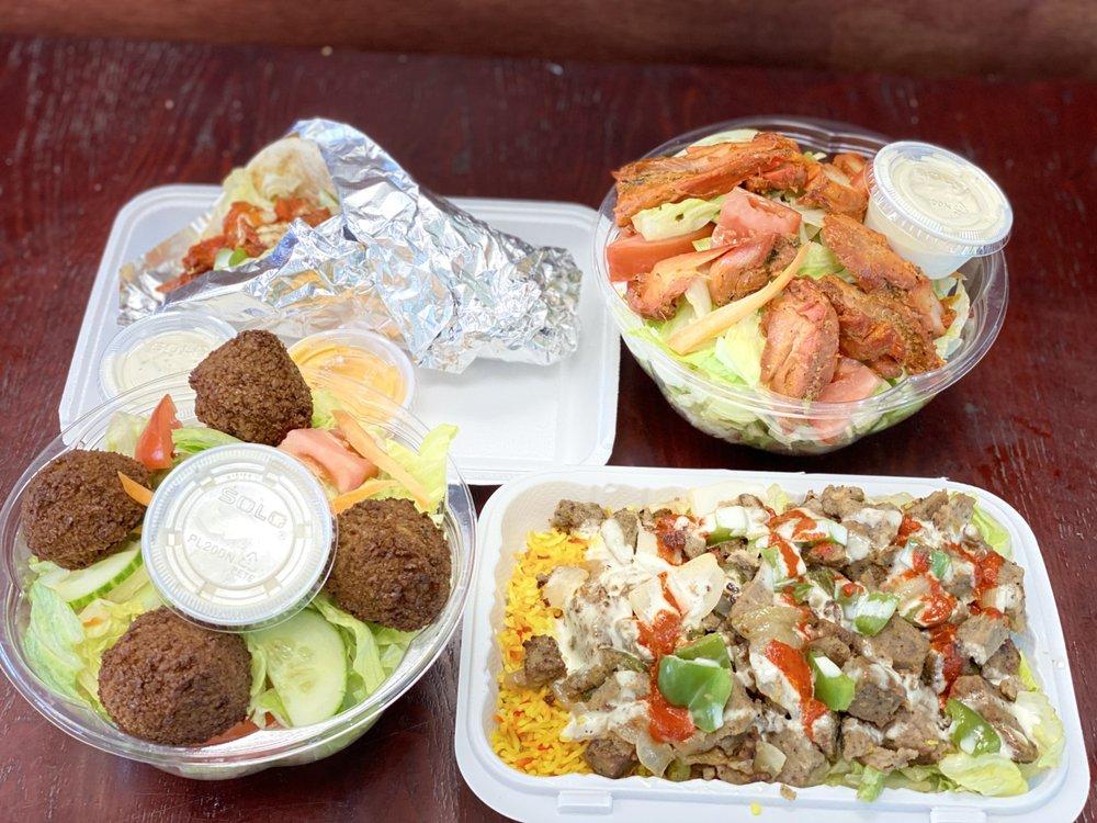 HalalBros Fishkill: 733 U.S. 9 Gulf Express, Fishkill, NY