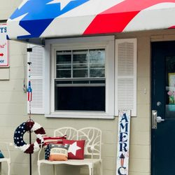 The Flag Lady S Flag Store 30 Photos 16 Reviews Home Decor