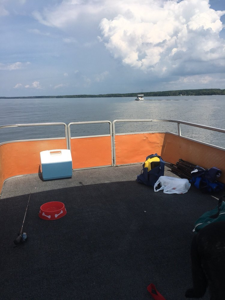Pymatuning Liveries: 7001 Pymatuning Lake Rd, Williamsfield, OH
