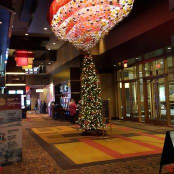 Do biloxi casinos give free drinks fsllsview casino hotel