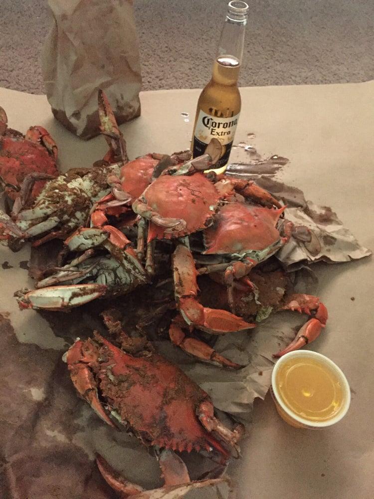 Pleasanton's Seafood: 6738 N Dupont Hwy, Dover, DE
