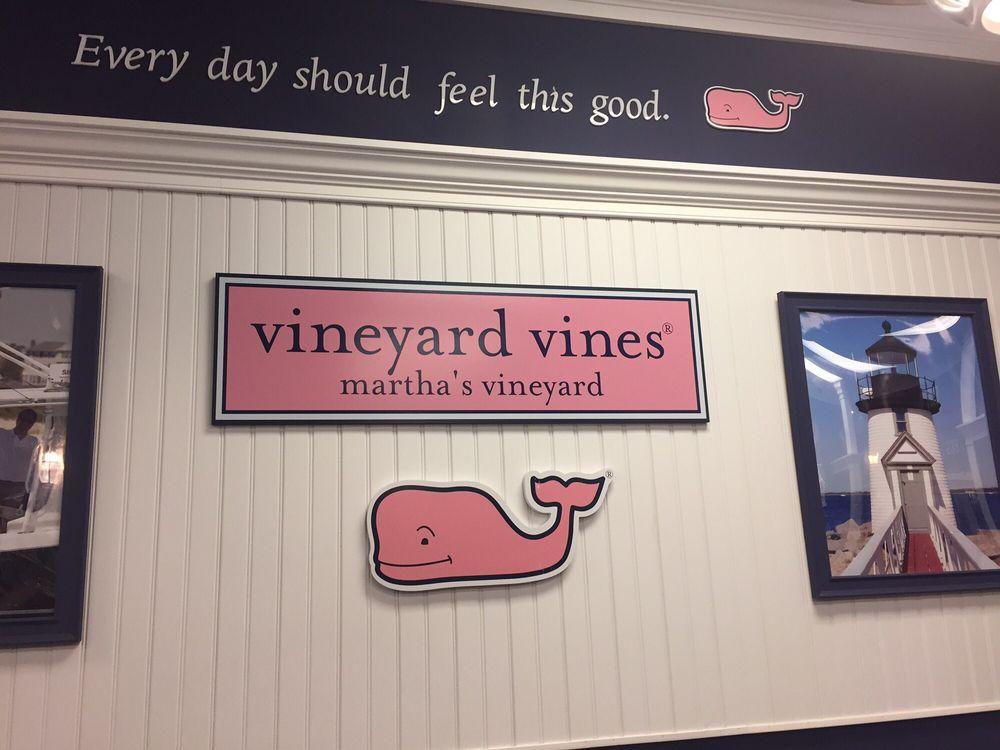 Vineyard Vines: 80 Premium Outlets Blvd, Merrimack, NH