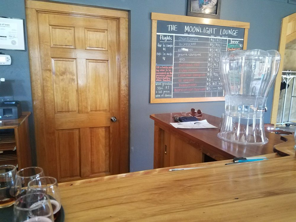 Prairie Moon Winery: 3801 W 190th St, Ames, IA